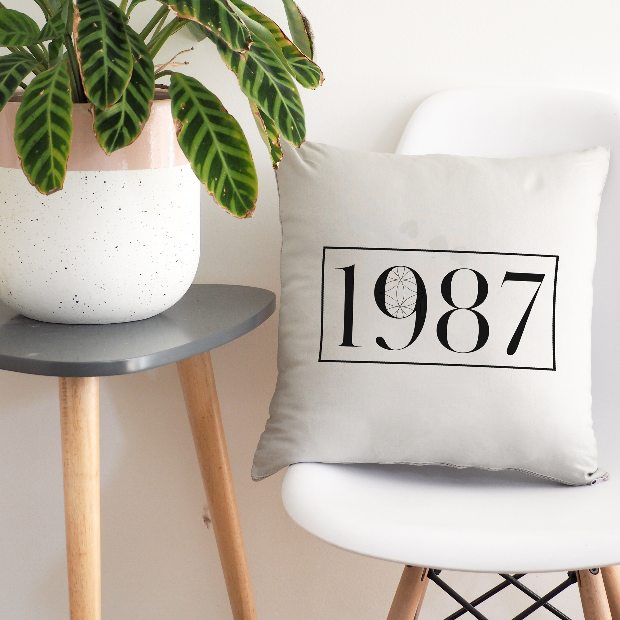 1987 cushion cover light grey and black